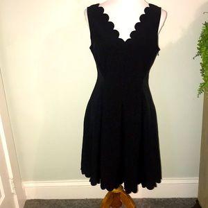 Banana Republic scalloped black dress Sz 8